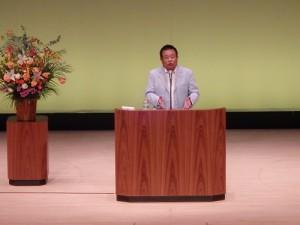 爆笑エピソードを語る、講師 島田 洋七さん